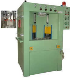 Automatic rotary indexing satellite turntable wetblast machine